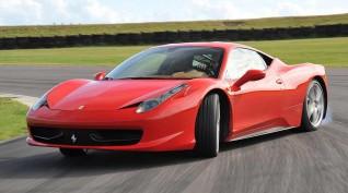 Ferrari 458 Italia autóvezetés Hungaroring 4 kör