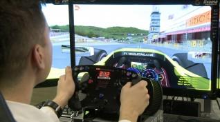Versenyautó vezetés szimulátoron 1 fő 60 perc