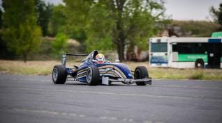 Formula Renault versenyautó vezetés DRX Ring 6 kör+videó