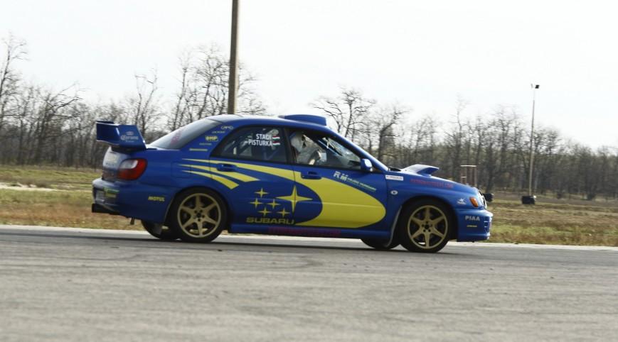 Subaru Impreza WRX Rally autóvezetés és utasautóztatás 8+2 kör