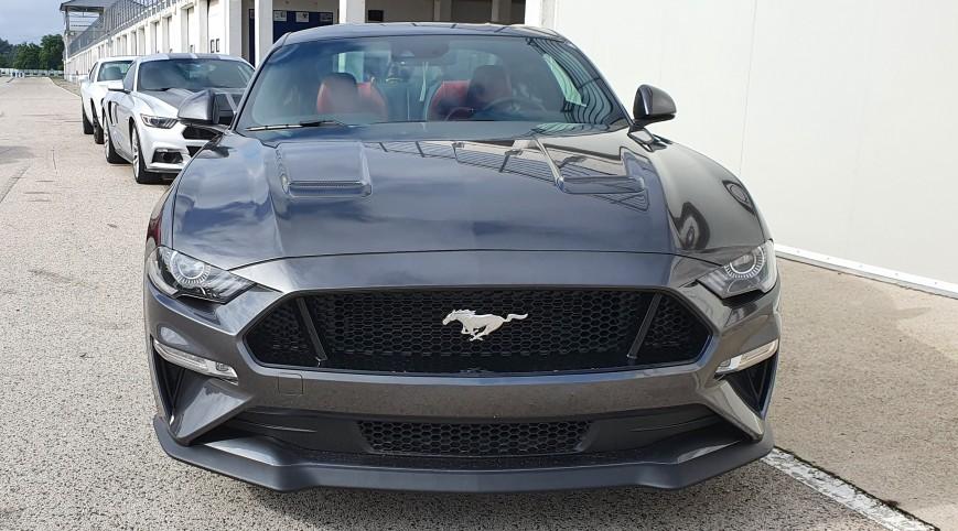 Ford Mustang GT élményvezetés Hungaroring 2 kör