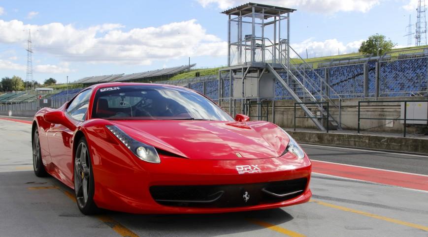 Ferrari 458 Italia 570 LE autóvezetés Hungaroring 2 kör+videó