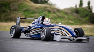 Formula Renault versenyautó vezetés DRX Ring 2 kör+videó