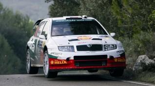 Skoda Fabia WRC 450 LE rallyautó vezetés és utazás 4+2 kör