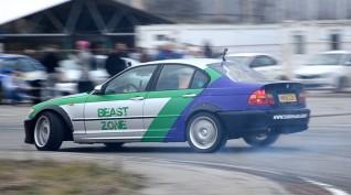 BMW E46 330i Sedan autóvezetés és drift taxi KakucsRing 8 kör