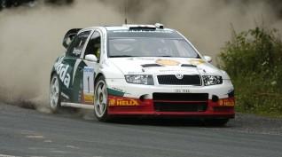Skoda Fabia WRC 450 LE rallyautó vezetés Kakucsring 3 kör