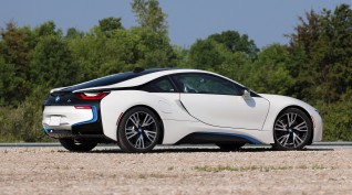 BMW i8 Plug-in hybrid vezetés Hungaroring 2 kör