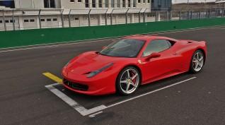 Ferrari 458 Italia autóvezetés Hungaroring 2 kör