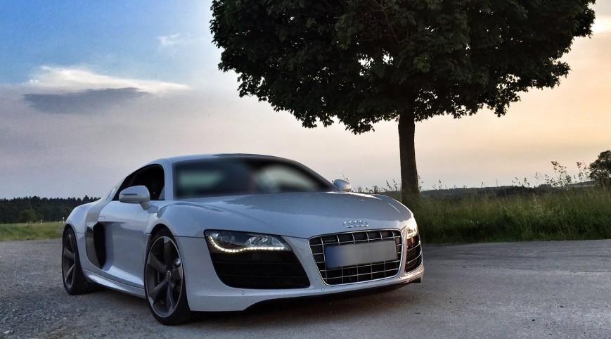 Audi R8 V8 420 LE közúti autóvezetés - 17 km
