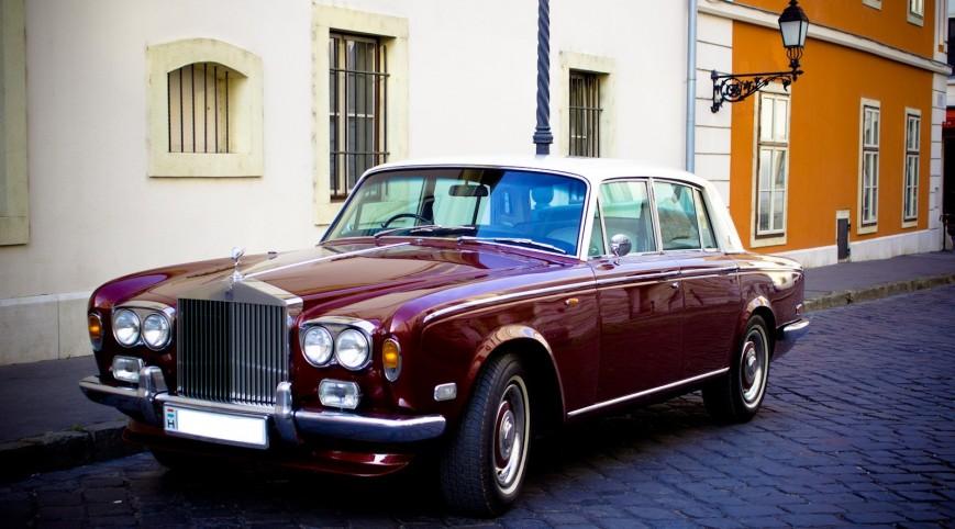 Luxus romantika magánrepülővel és limuzinnal