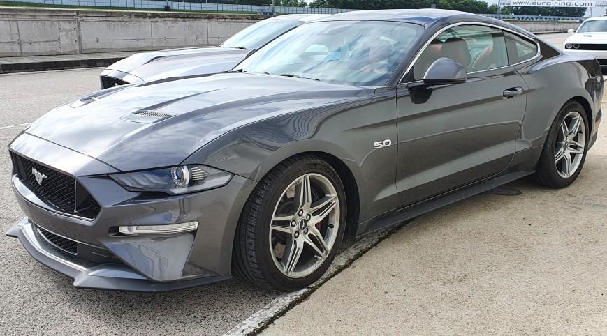 Ford Mustang GT élményvezetés KakucsRing 3 kör
