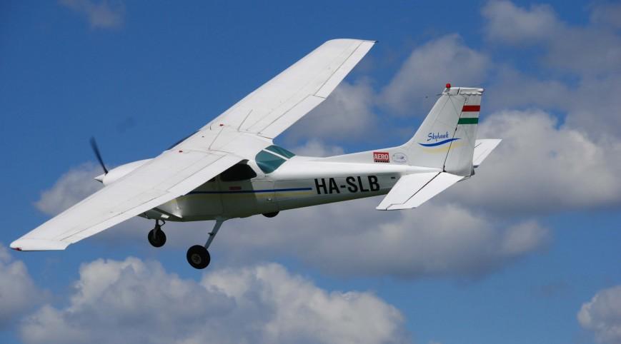 Sétarepülés Budapest Felett Másodpilótaként Cessna 152 Repülőgéppel
