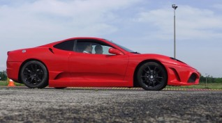 Ferrari F430 Replika autóvezetés KakucsRing 5 kör