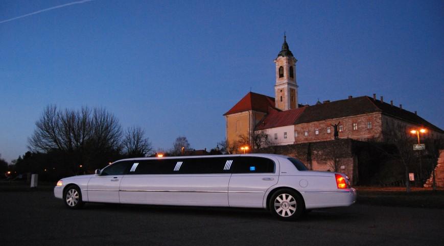 Budapesti romantikus utazás egy amerikai limuzinnal 1 óra