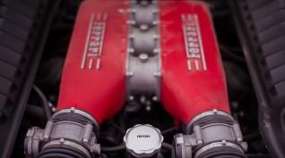 Ferrari 458 Italia 570 LE autóvezetés Hungaroring 4 kör+videó