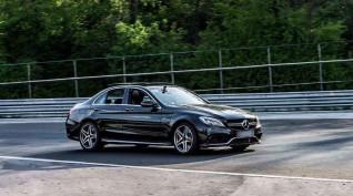 Mercedes C63 AMG autóvezetés KakucsRing 10 kör