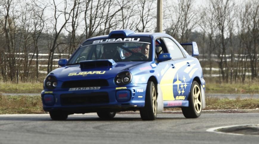 Subaru Impreza WRX Rally autóvezetés és utasautóztatás 4+2 kör