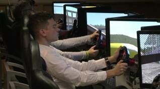 Versenyautó vezetés szimulátoron 10-20 fő 60 perc