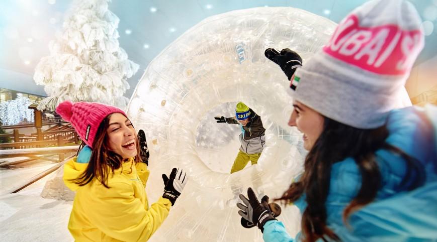 SNOWZORBING – Gurulás- és bátorságpróba az óriás gyomrában