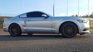 Ford Mustang GT Eleanor élményvezetés Hungaroring 6 kör