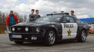 Ford Mustang GT Police vezetés KakucsRing 10 kör