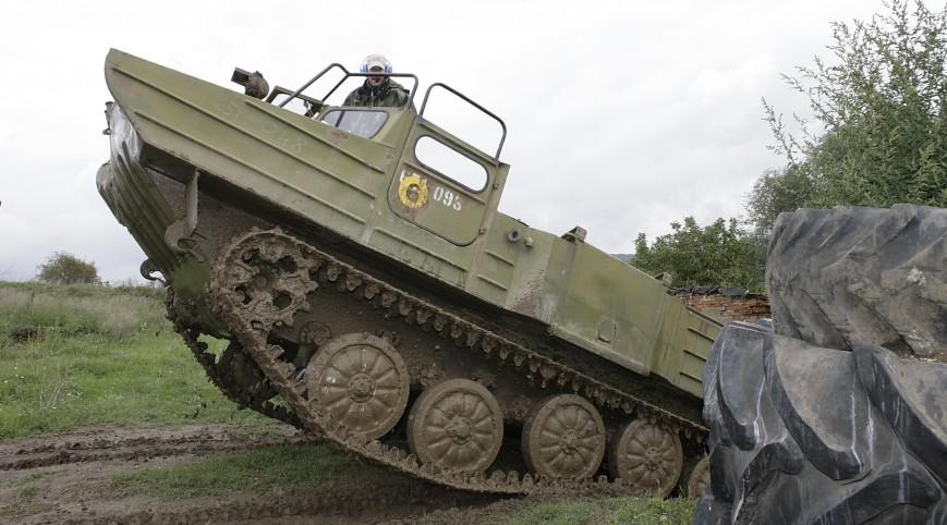 Harckocsi vezetés (30 Perc Gsp-55 + 15 Perc MTLBU + 15 Perc T-55A)
