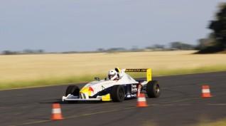 BMW Forma versenyautó vezetés DRX Ring 4 kör