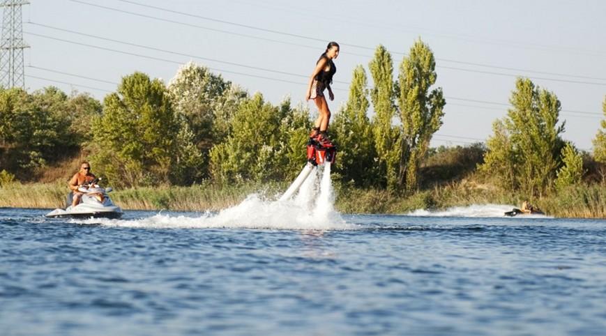 Flyboard Budapest mellett oktatással 15 perc