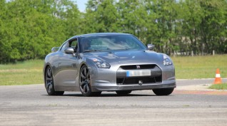 Nissan GT-R vezetés Hungaroring 4 kör