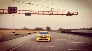 """Chevrolet Camaro SS """"Űrdongó"""" autóvezetés és utazás 8+2 kör"""