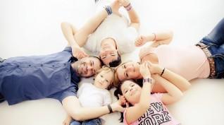 Műtermi fotózás családoknak