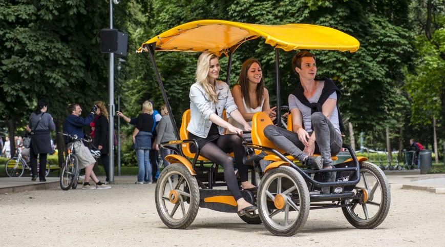 Multi Gran Tour Gokart Bringóhintó 4 felnőtt és 2 gyermek 30 perc