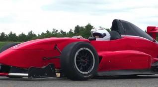 Formula Renault 2.0 autóvezetés Euroring 5 kör