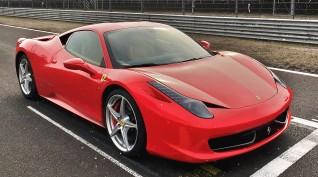 Ferrari 458 Italia autóvezetés KakucsRing 5 kör