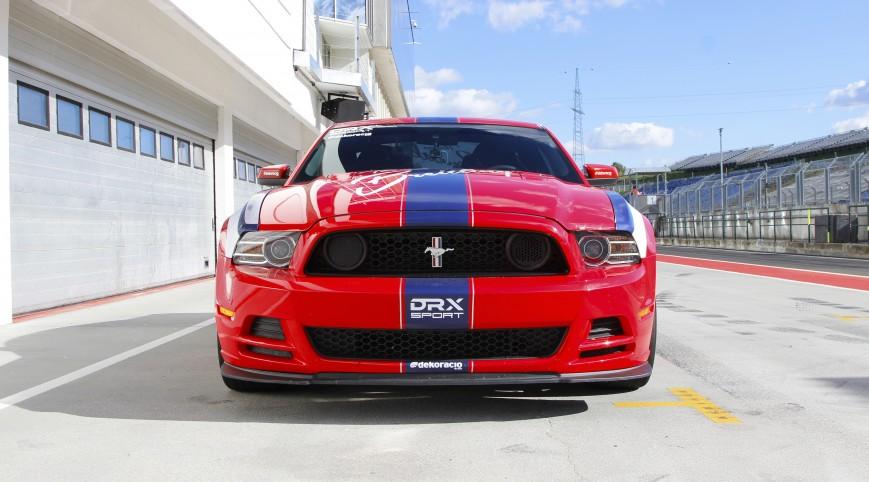 Mustang 302 Boss 480 LE autóvezetés Hungaroring 2 kör+videó