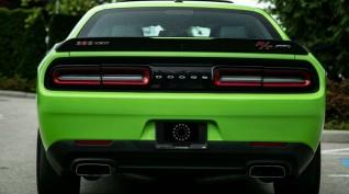 Dodge Challenger HULK V8 450 LE autóvezetés KakucsRing 8 kör