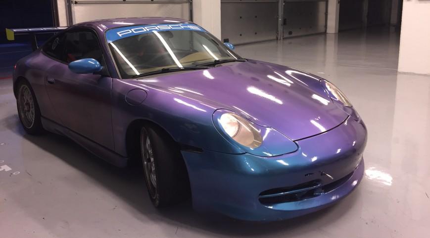 Porsche 911 versenyautó élményvezetés KakucsRing 4 kör