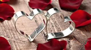 Valentin napi ajándékcsomag Pároknak