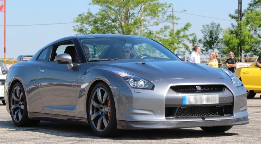 Nissan GT-R vezetés KakucsRing 5 kör