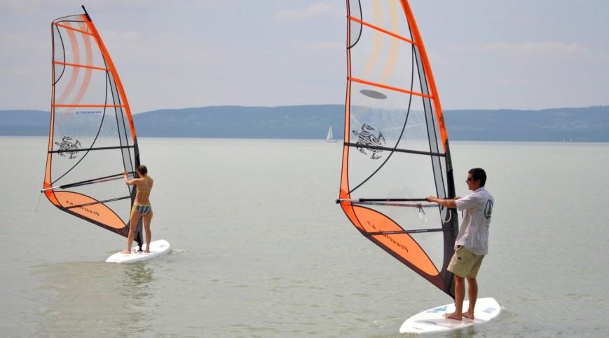 Szörf a Balatonon 2X2 órában