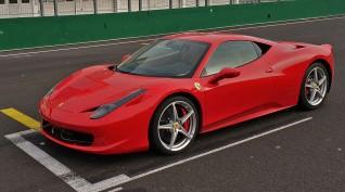 Ferrari 458 Italia autóvezetés KakucsRing 3 kör