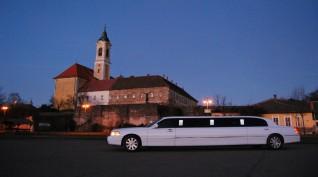 Budapesti romantikus utazás egy amerikai limuzinnal 2 óra