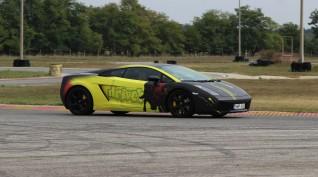 Lamborghini Gallardo autóvezetés DRX Ring 8 kör+Ajándék Videó