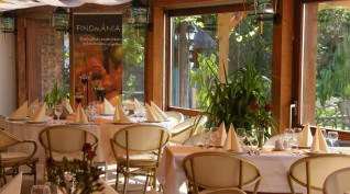 Egy Romantikus Éjszaka Exclusive Vacsorával a Duna Ölelésében Pároknak
